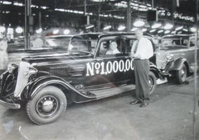 Walter P. Chrysler and 1 millionth Plymouth.